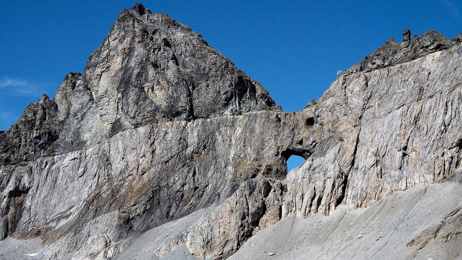 Tectonicarena Sardona