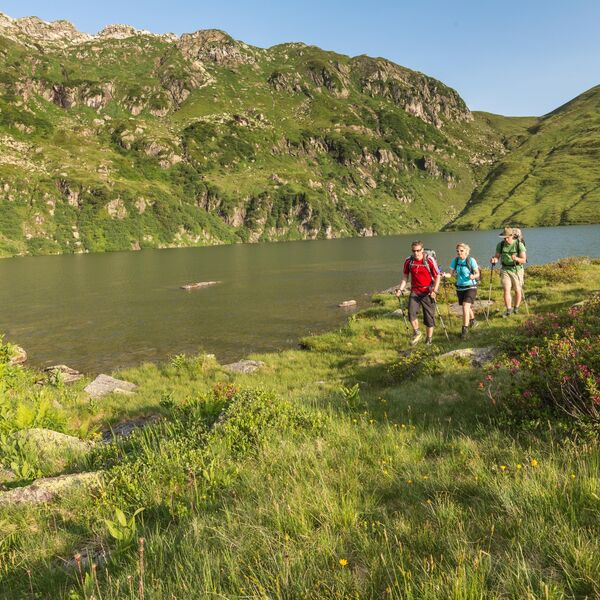 Along the Murg lakes